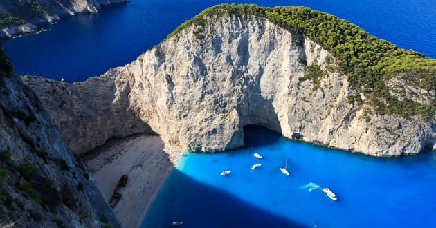 20 Of The Worlds Most Secluded And Beautiful Beaches