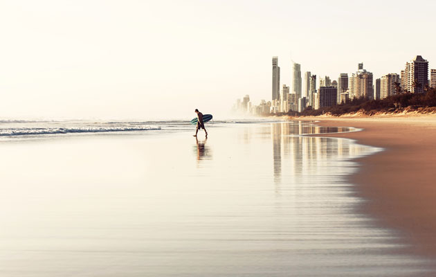 Have-A-Surf-In-The-Sun-At-The-Gold-Coast