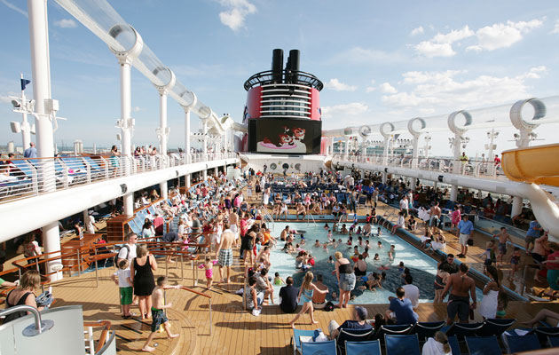 Tips-for-Selecting-a-Cruise-Ship-for-Spring-Break